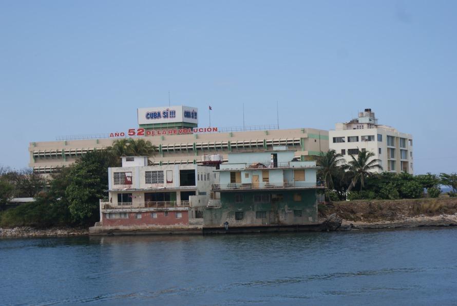 Cuban mismatched buildings